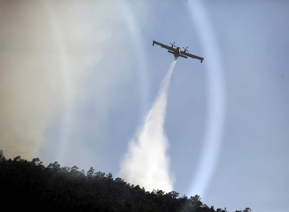 Medios aéreos en Tapia